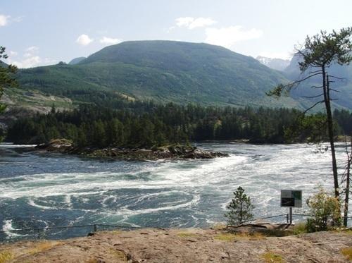 Photo of the Skookumchuck rapids